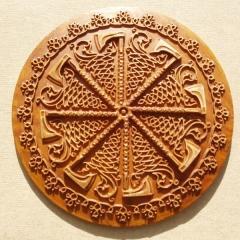 Славянские обереги из дерева: защита и помощь богов.