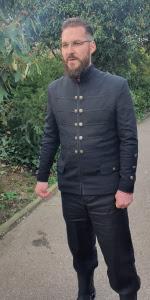 Мужской пиджак из натуральной шерсти